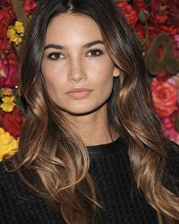 hair-color-trends-lily-aldridge-brunette-blonde-layers