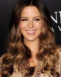 ombre-hair-colour-kate-beckinsdale-autumn-hair
