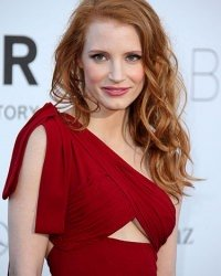 red-hair-colour-long-wavy-jessica-chastain