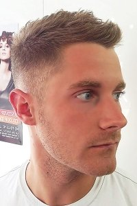 hair-men-short-light-brown