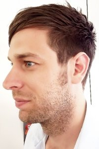 slick-fringe-mens-hair