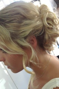 wedding-hair-blonde-bridal-hair-up