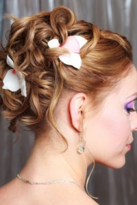 2014-hair-trends-fashions-classic-bridal-hair-style-wedding-hair-ladies