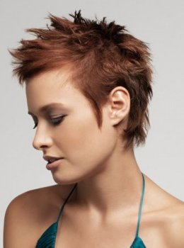 short-wild-hairstyle-ladies-cut-trendy