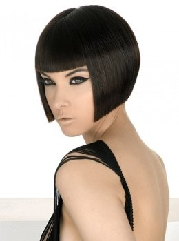 hairstyle-ideas-trends-2014-clasic-slick-ladies-hair-cut-bob-style