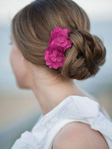 bridal-hair-up-wedding-hair
