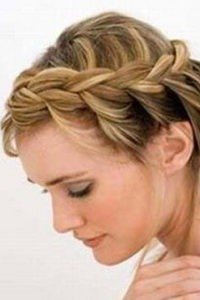 hair-up-bride